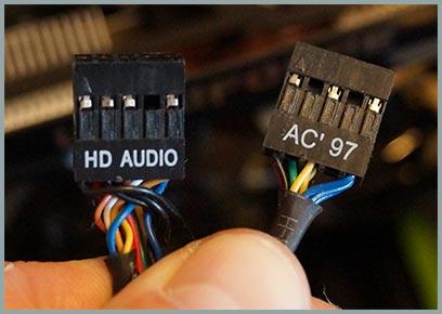 как подключить юизби на переднию понель компьютера
